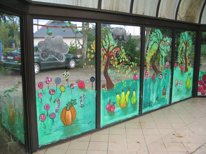 Fresque collective en centre de loisirs arts et peintures - Enlever peinture sur vitre ...