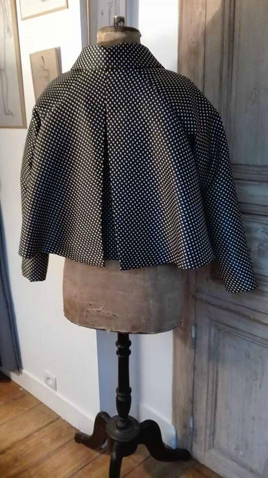 Un nouveau modèle pour le Vestiaire : La veste VICTORINE.... 7 nouvelles vestes sur la boutique en ligne...