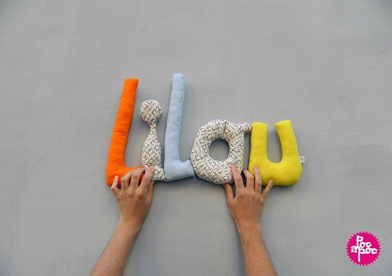 lilou,mot en tissu,mot decoratif,cadeau de naissance,decoration chambre d'enfant,cadeau personnalise,cadeau original,poc a poc blog