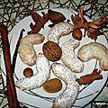 Croissants vanillés aux noix, amandes, noisettes, abricots secs et cannelle