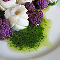 Calamar au chou violet sauce vert fluo
