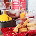 <b>Biscuits</b> sablés apéritifs aux épices douces pour un apéro de Saint Valentin croustillant