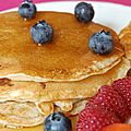 Delicious pancakes with maple syrup