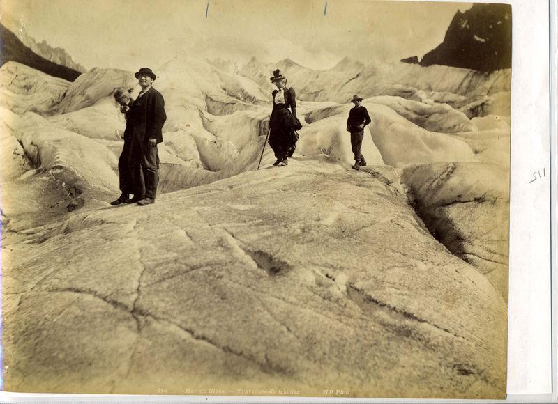 Promenade sur la Mer de Glace vers 1900