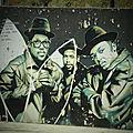 Street, arts & hip hop : run dmc inséparables de leurs adidas blanches sur les murs de séville by fafa