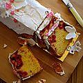 Cake aux framboises et glaçage royale citron (sans gluten)