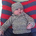 Pull col châle et son bonnet assorti taille 3 mois