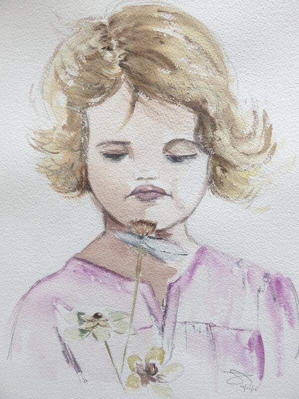 petite fille fausses fleurs