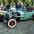 Ford rod custom (Retrorencard mai 2011) 02