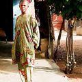 Vêtement traditionnel actuel
