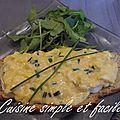 Tartine d'œufs brouillés au fromage de chèvre