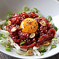 Yukhoe: tartare de boeuf à la coréenne