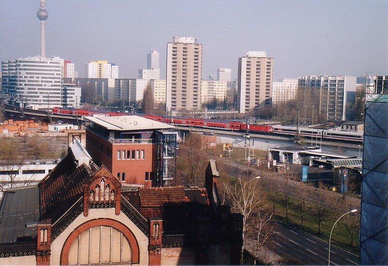 train express quittant Alexander Platz