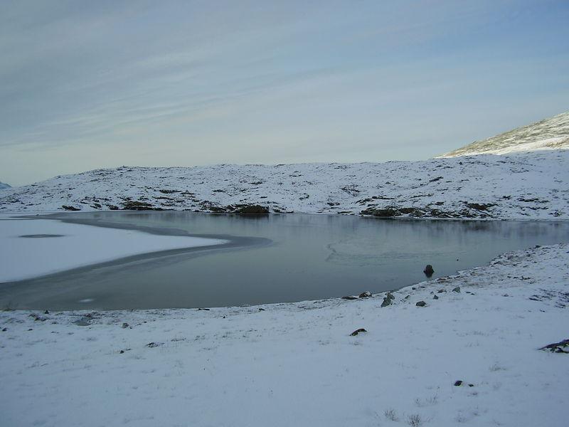 04-10-08 Tromsdalstind et neige (99i)