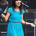 Carly <b>Rae</b> Jepsen lance deux singles inédits