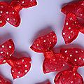 Nœud à pois Rouge/Blanc – lot 20 pc - 3 €