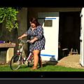 Vidéo : Emma, une jolie ronde dans le clip de Cha !