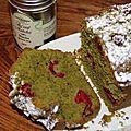 Cake emeraude au the vert matcha et aux framboises