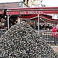 Jielbeaumadier_tas_de_moules_braderie_lille_2008