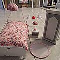 Réfection,fabrication, lumières, customisations meubles barbie, je continue.