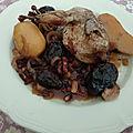 Cailles au vin de Madiran et aux <b>pruneaux</b> et foie gras