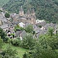 <b>Conques</b>, LE plus beau village de France ?