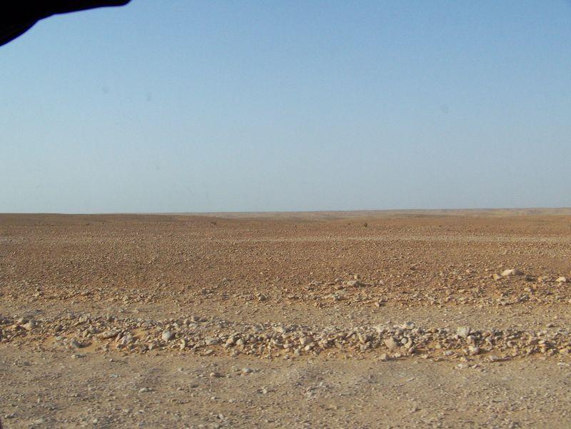 piste du désert de pierre(Erg)