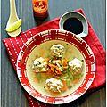Boulettes de poulet coriandre-gingembre au bouillon