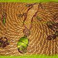 parure spirale - perle verte fils anis et chocolat