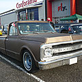 <b>CHEVROLET</b> C-10 2door pick-up