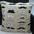 Housse oreiller 'Moustaches'