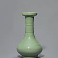 A 'Longquan' Celadon-glazed '<b>Bamboo</b>-Neck' Vase, xianwenping, Southern Song-Yuan Dynasty (1127-1368)