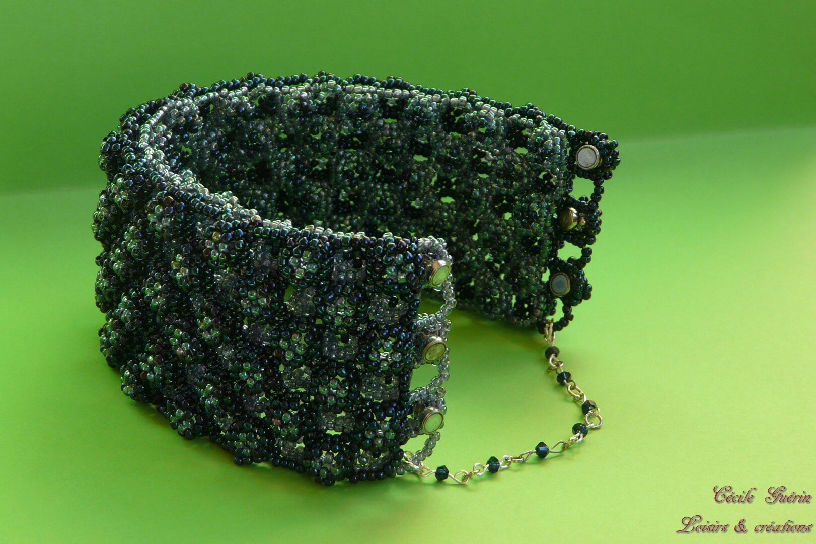 Ootheca cuff
