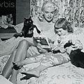jayne-1955-07-08-by_charles_nerpel-with_jayne_marie-1