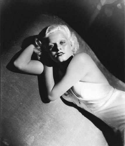 jean-1933-film-Bombshell-publicity_by_george_hurrell-3-3
