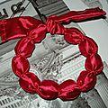 <b>Chutes</b> de <b>tissus</b> + cotillons = Un bracelet