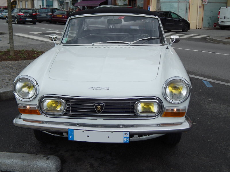 Peugeot404cabinjav