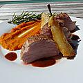 Filet mignon de porc <b>basse</b> <b>température</b>, purée de potimarron, poire caramélisée