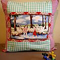 Housse de coussin 40x40 motif vintage made by Urbanbroc For Kids