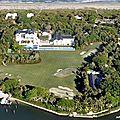 Visitez le nouveau palais de tiger woods avec son golf privé
