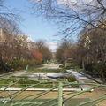 Jardin public urbain, le bd Richard-Lenoir à Paris
