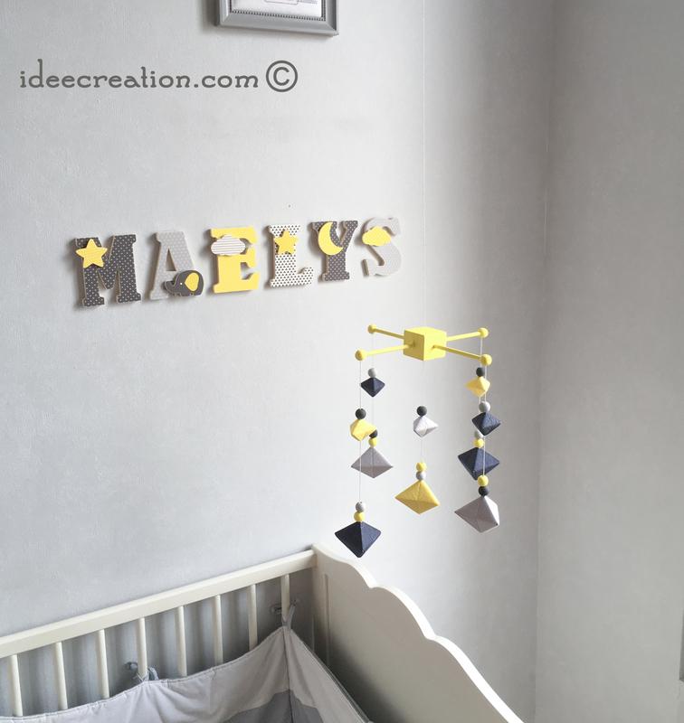 mobile bebe berlingot jaune noir 2