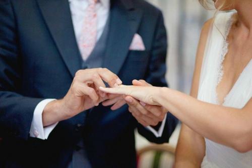 SORTILEGE DE MARIAGE du Medium Voyant sérieux et gratuit maitre marabout DOUDEDJI
