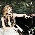 [Actualité] <b>Avril</b> <b>Lavigne</b> : Here's To Never Growing Up !