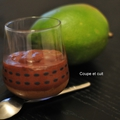 Mousse au chocolat sur caramel à la mangue