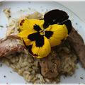 Aiguillettes de canard croustillantes aux fleurs d'épices <b>bonne</b>-<b>humeur</b>