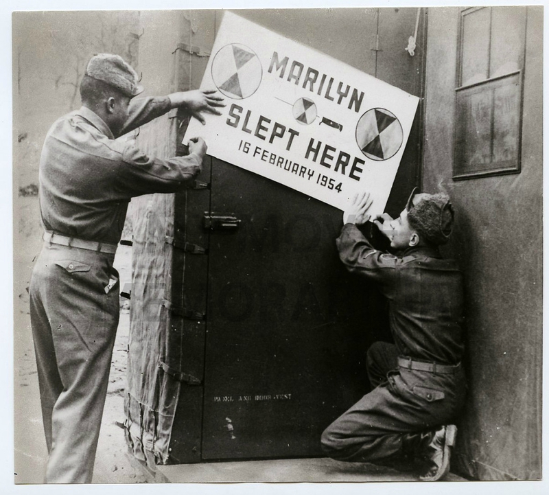 1954-02-17-7th_infantry-marilyn_slept_here-2-1a