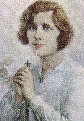 margaret_with_rosary