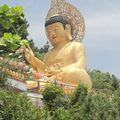 Un bouddha de 25 metres de haut, sud est de Jeju