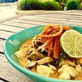 Curry <b>jaune</b> au dos de lieu noir, aubergines et julienne de carotte